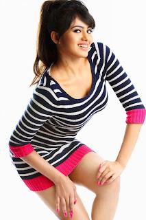 Actress Deepa Sannidhi portfolio 012.jpg
