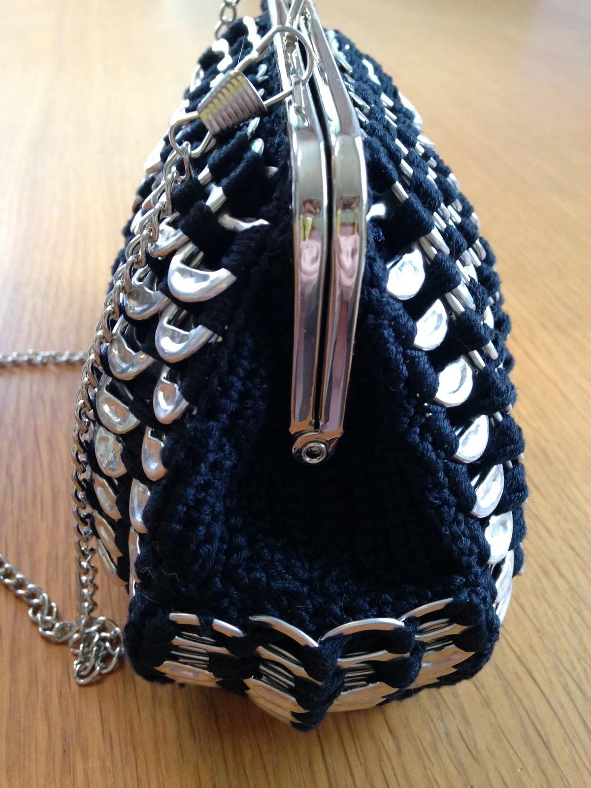 Musta Laukku : Ilomilona musta pullukka laukku