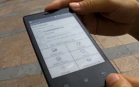 Onyx E-ink Android Phone leaked, shows Long Battery Life