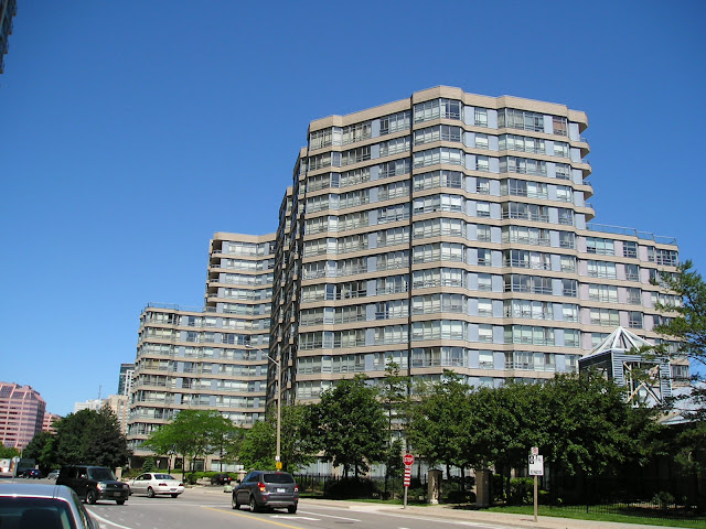 Square one condo blog by randy selzer mississauga condos for Architecture firms mississauga