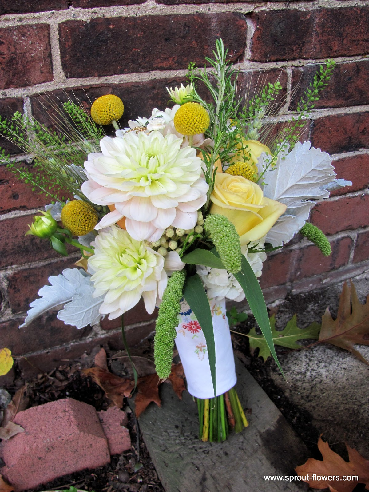 Wedding Flowers In Worcester : Worcester florists sprout wedding billy balls books