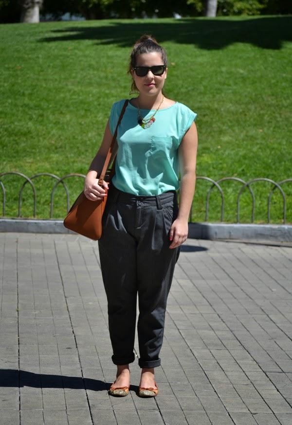 look_primavera_camiseta_verde_agua_bailarinas_purpurina_nudelolablog_03