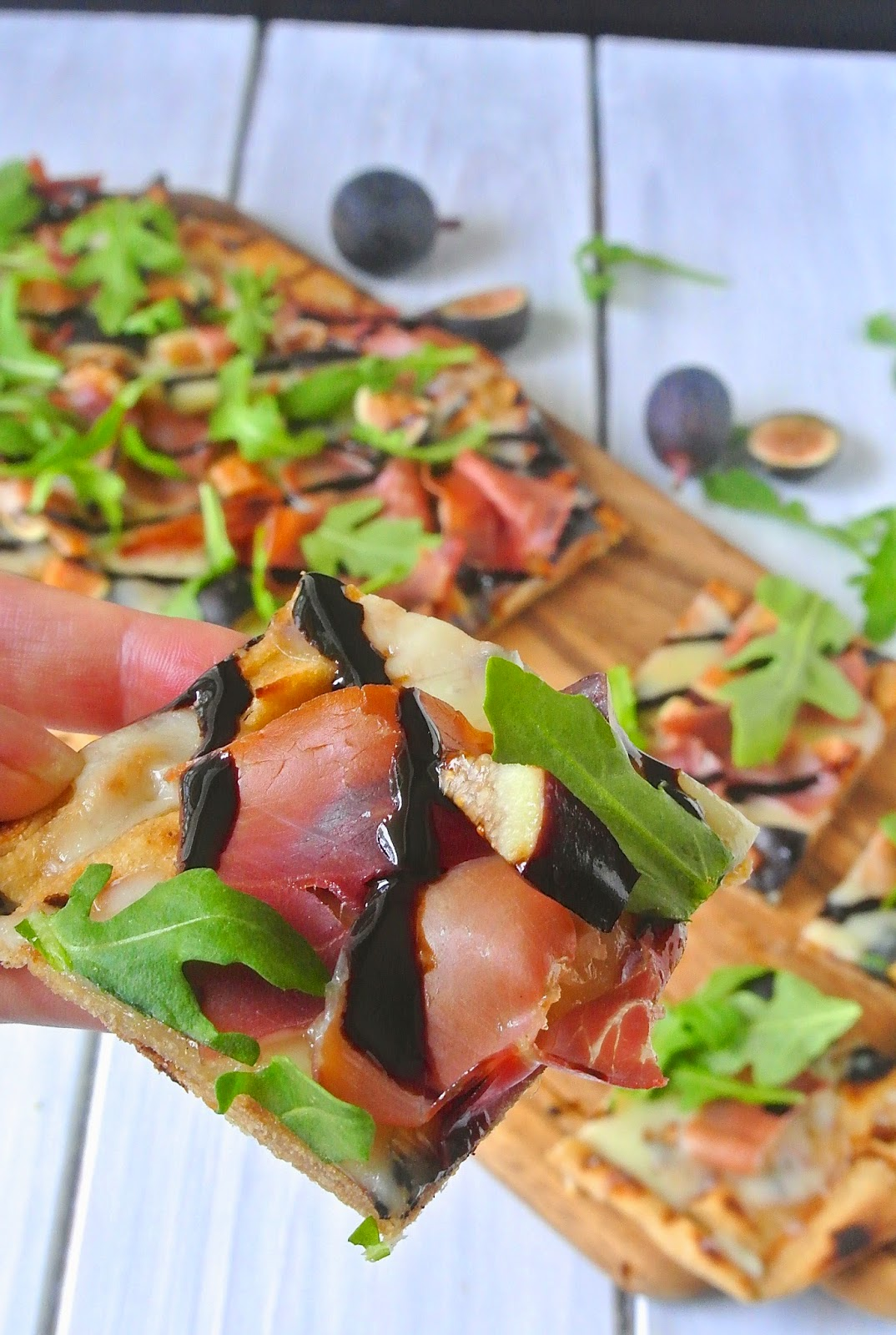 ... compliment to the creamy cheese, peppery arugula and salty prosciutto
