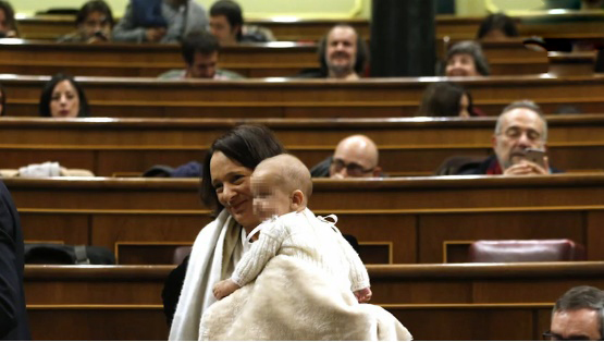 Carolina Bescansa, Podemos,  humilla a las mujeres