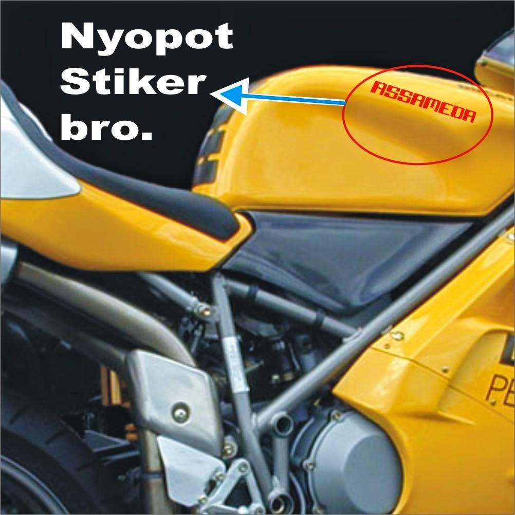 cara melepas stiker timbul pada body motor dan menghilangkan