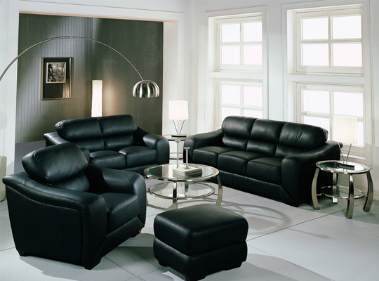 Tv lounge decor interior design and deco for Black couch living room
