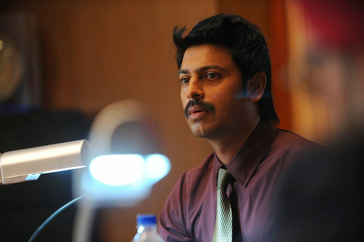 Nambiyaar Tamil Movie Photos Gallery-HQ-Photo-9