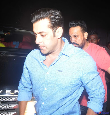 Salman Khan celebrates Ganesh Chaturthi with family