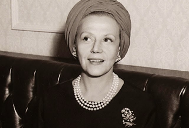 Socialite of the Month: Eleanor Lambert