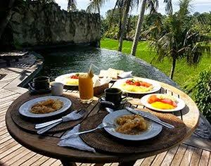 Breakfast Villa Motama Ubud