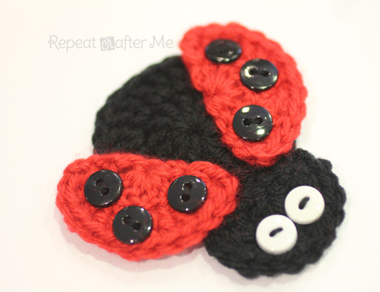 Free Crochet Ladybug Blanket Pattern : Crochet Ladybug Applique - Repeat Crafter Me