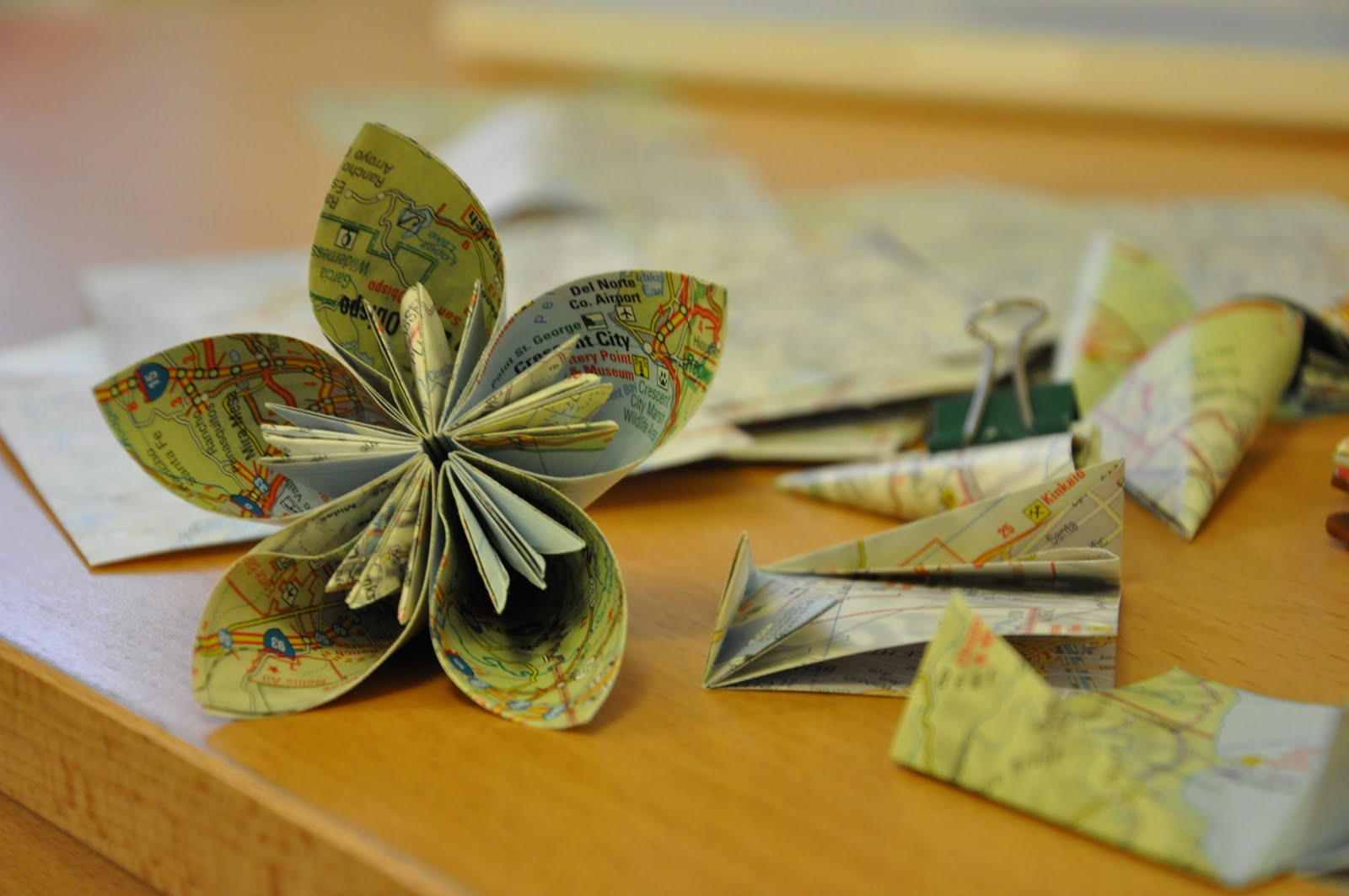 Makey Vicky Origami Flower Ball
