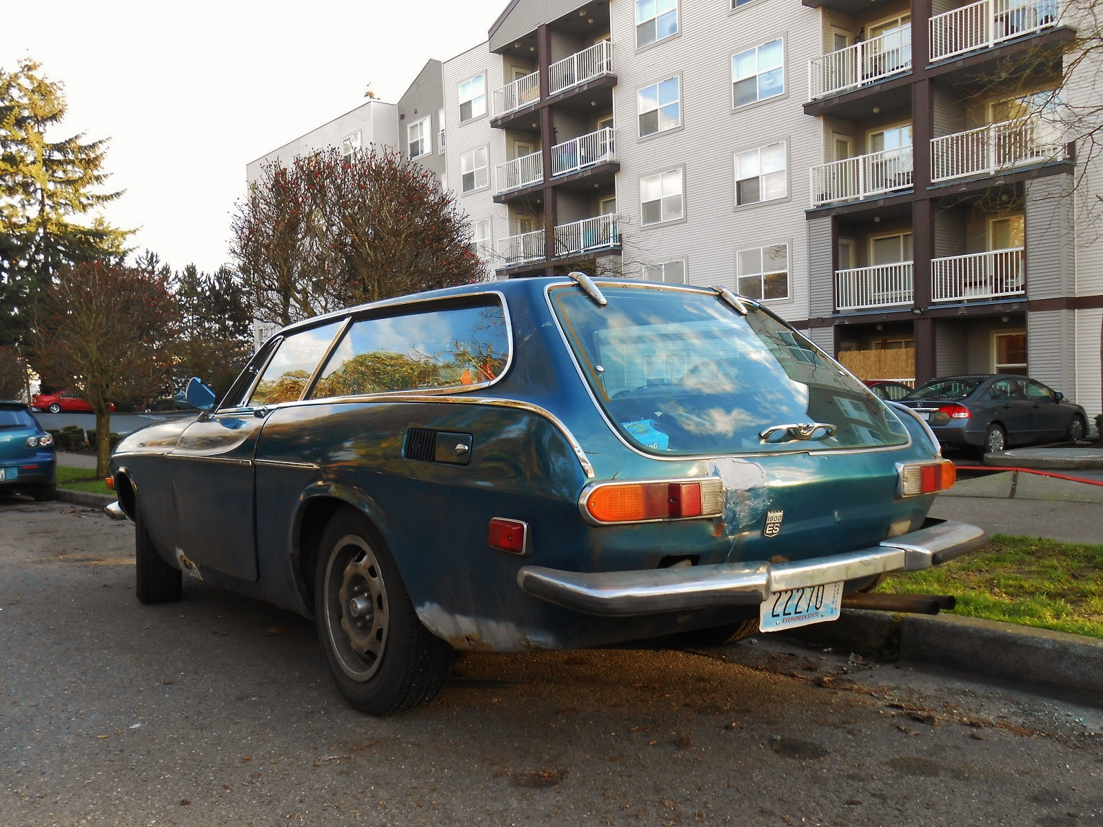 Seattles Parked Cars 1973 Volvo 1800ES