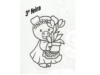 porquinha com vaso de flores