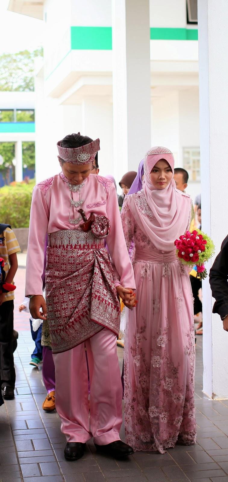 Affordable islamic wedding dress for rent rent my for Wedding dress rental hawaii