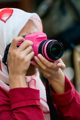 with+my+pentax REVIEW PENTAX DSLR Kr + 18 55mm PINK