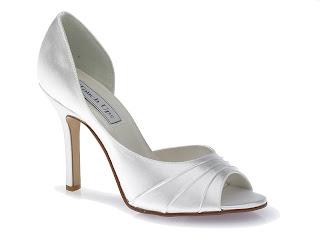 Sapato simples e feminino para casamento
