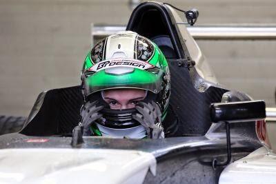 Alexandra Marinescu a inceput testele oficiale in Formula 4
