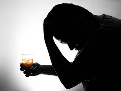 Alcohol + medicamentos = intoxicación
