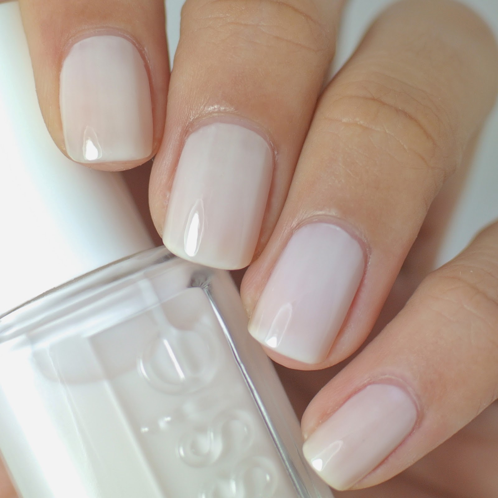 Nails by Gift: Essie \'Jiggle High, Jiggle Low\' Winter 2014 ...