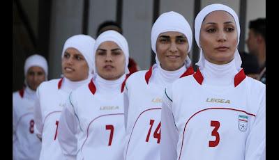uniforme de futbol de las mujeres de iran musulmanas