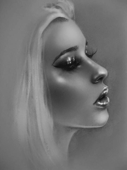 08-Rebecca-Blair-rbeccablair-Hyper-Realistic-Drawings-from-the-Heart-www-designstack-co
