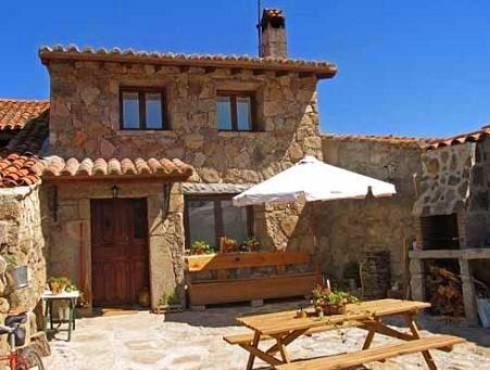 Fachadas de piedra frentes de casas con piedras fotos for Frentes de casas con piedras