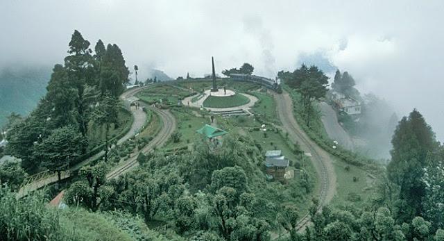 Darjeeling Himalayan Railway - Batasia Loop