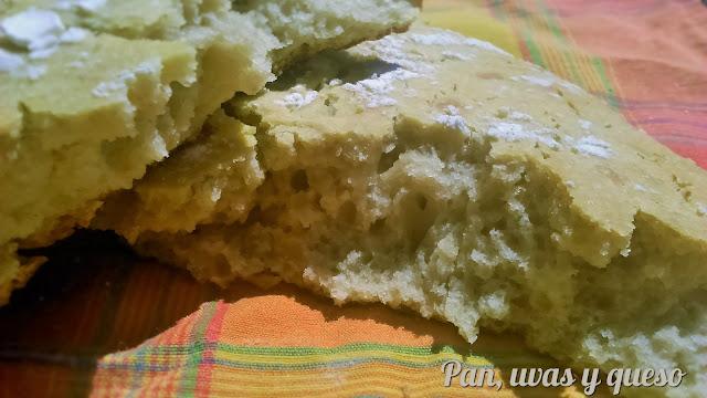 Pan con queso azul