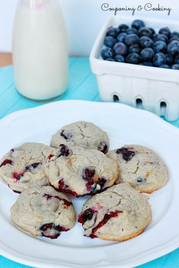 ... Blueberry Cheesecake Cookies {With Philadelphia Blueberry Cream Cheese