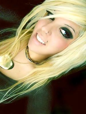 Long Blonde Emo Hairstyle
