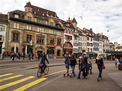 Basilea - Barfüsserplatz