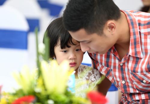 Gia đình MC Diệp Chi cũng tham gia chương trình này.