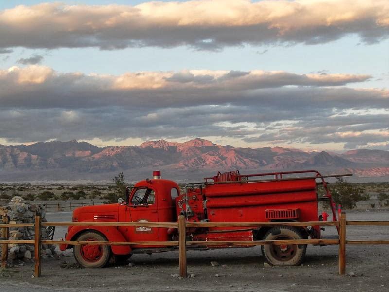 Ancien camion de pompier à Stovepipe