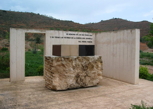 monumento-guerra-civil-valencia