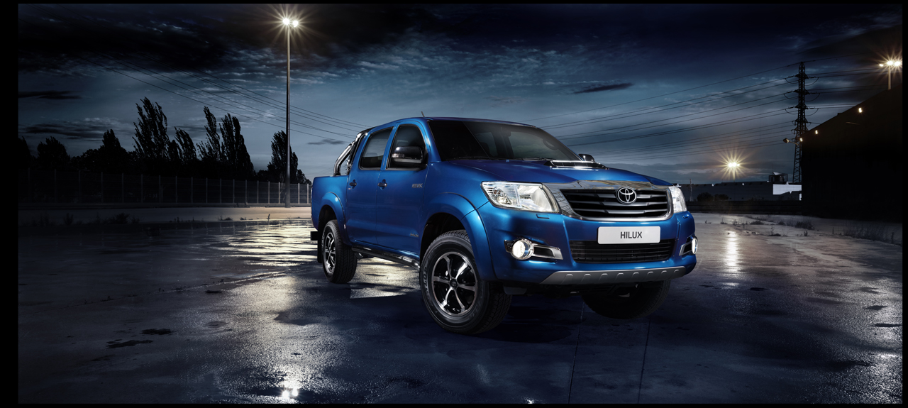 Toyota HiLux Invincible Photos