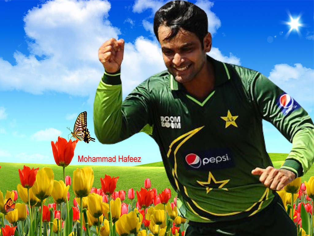 a hafeez Mohammad hafeez, the all-rounder, returned to the pakistan squad while the uncapped sahibzada farhan was called up for twenty20 international tri-series in zimbabwe, which also features australia yasir shah, the leg-spinner, who missed the tour of england and ireland with an injury, finds a place.