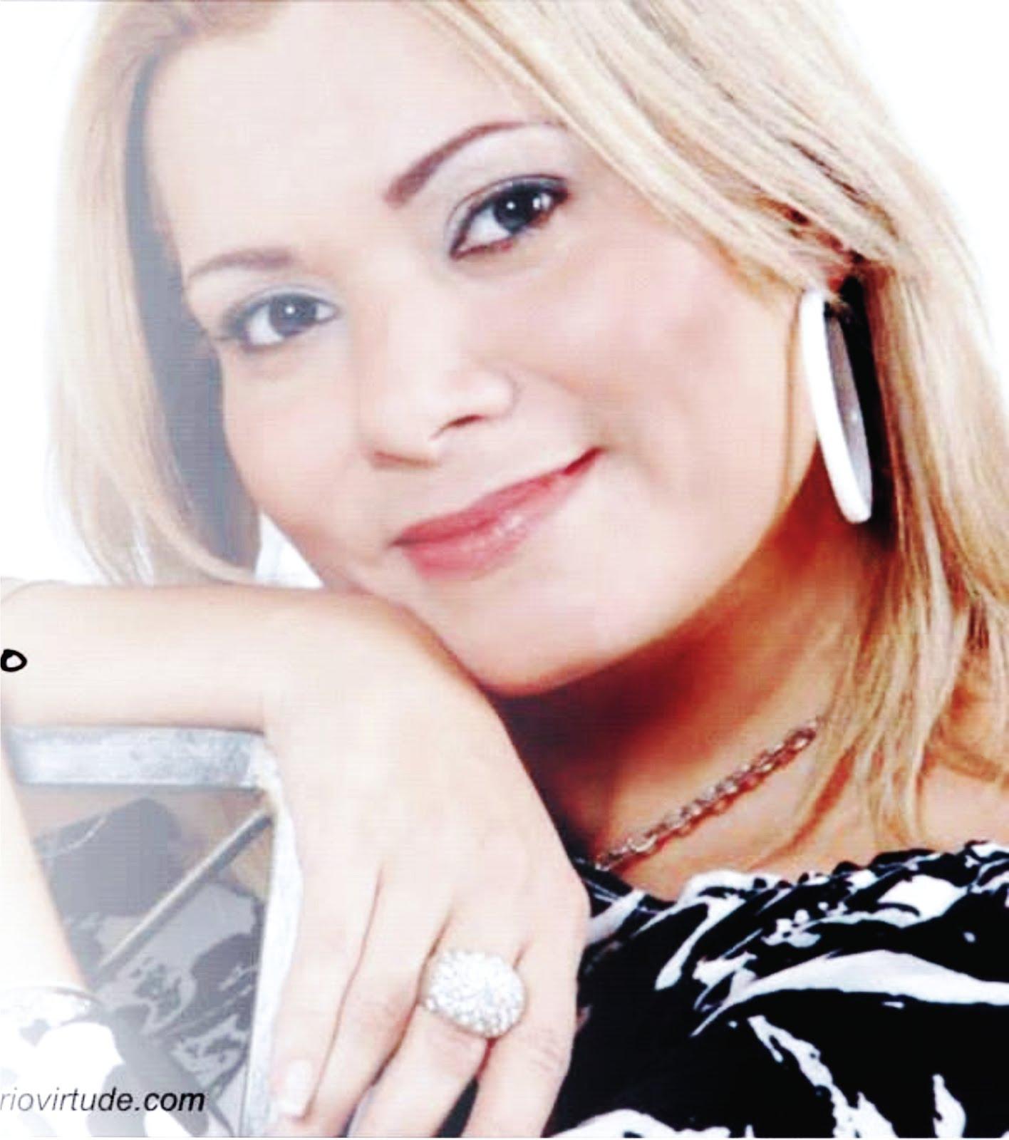 A autora Martinha Reis