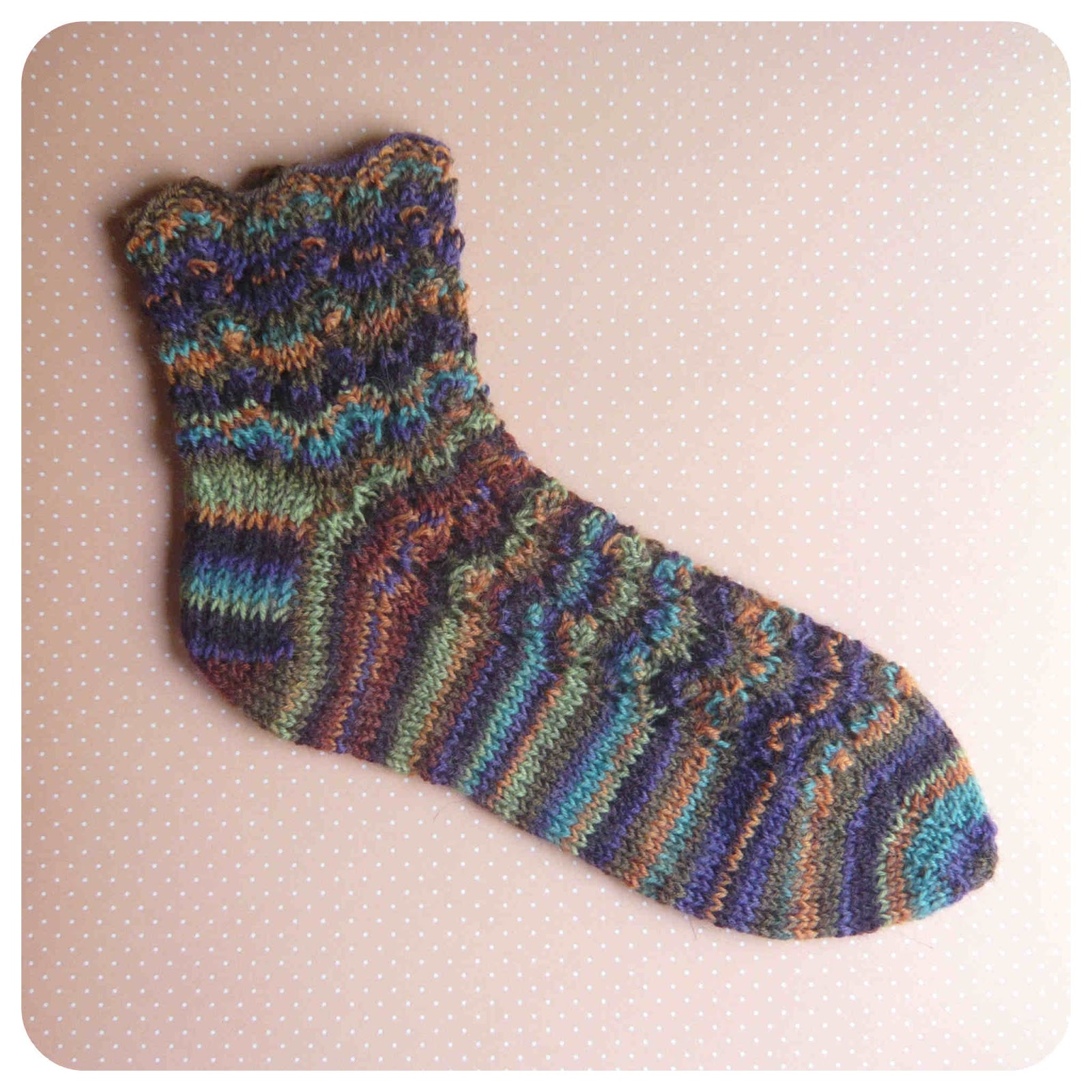 Shara Lambeth Designs: Alegria Socks Pattern