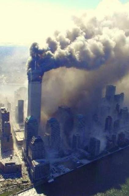 QUEDA DA PRIMEIRA TORRE EM NOVA YORK WTC ...