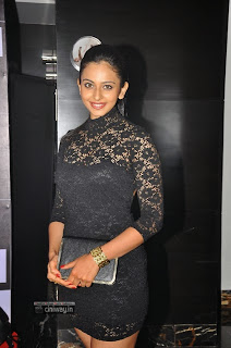 Rakul-Preet-Singh-at-SIIMA-Awards-2013
