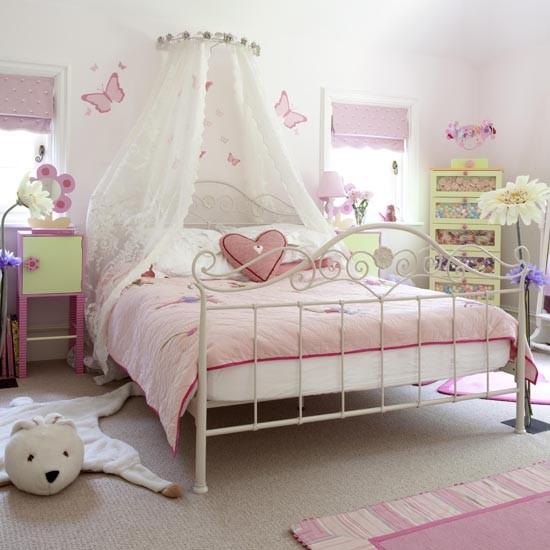 Dormitorios en rosa y verde dormitorios con estilo for Recamaras de unicornio para ninas