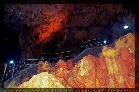 tangga goagong
