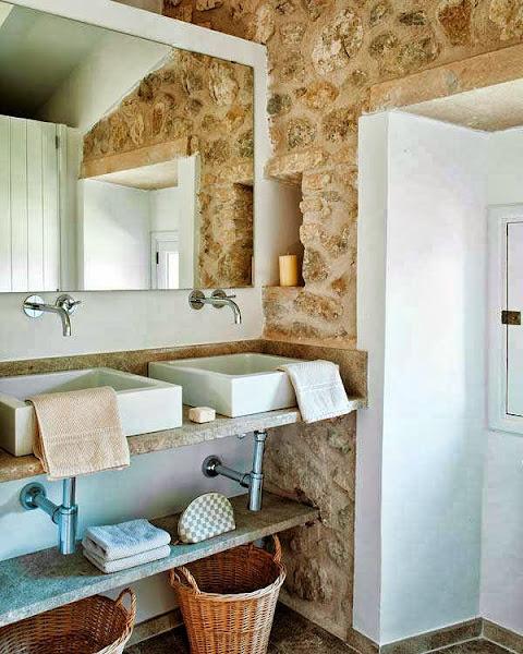 El encanto de una villa con sabor mediterraneo decorar for Cocinas rusticas mallorquinas