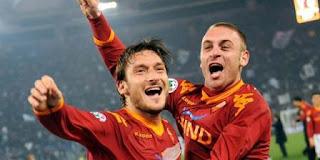 Francesco Totti : Daniele De Rossi Akan Bertahan Di Roma