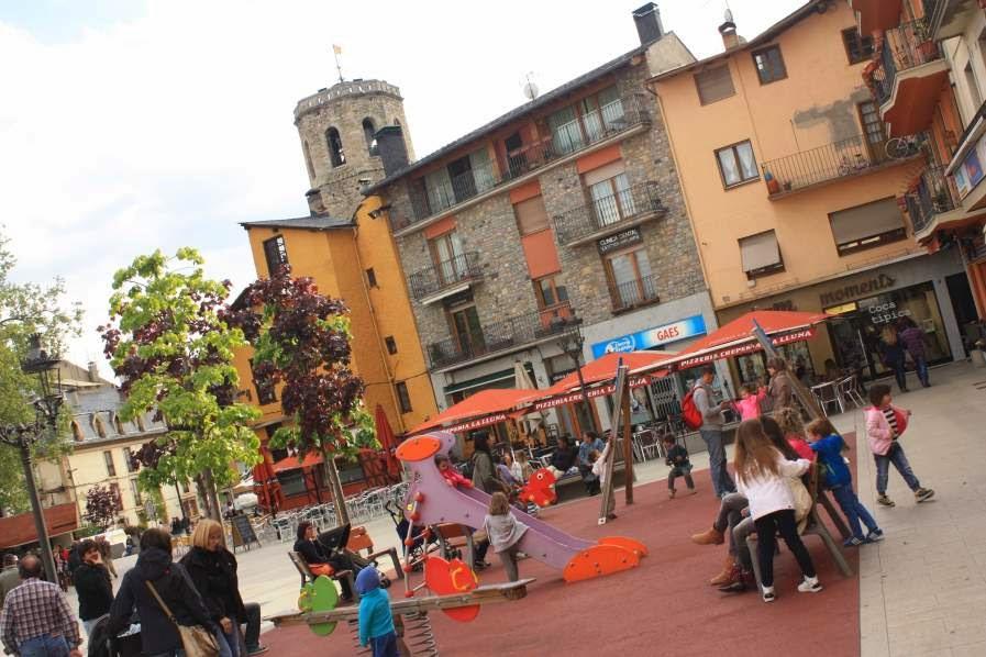 Herois Square in Puigcerda