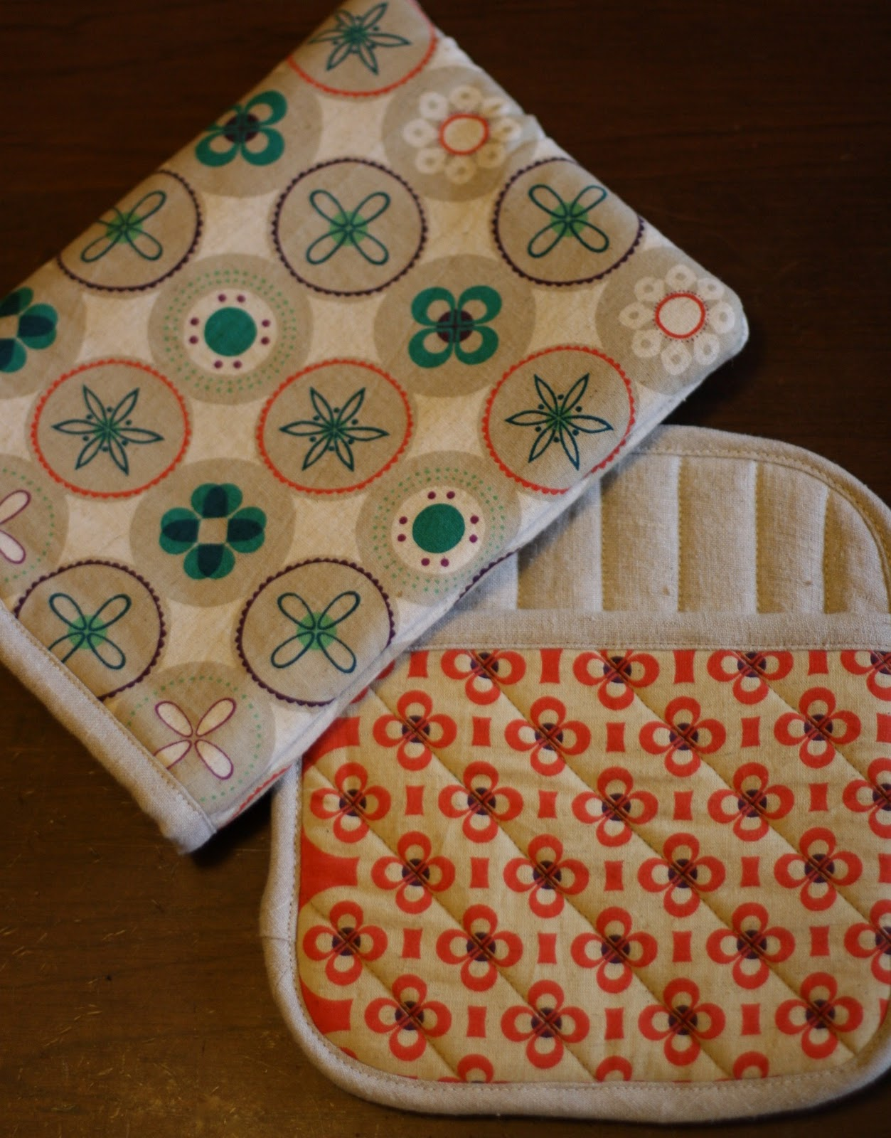 Kitchen Oven Mitts ~ Stitched together for the kitchen potholders and oven mitts