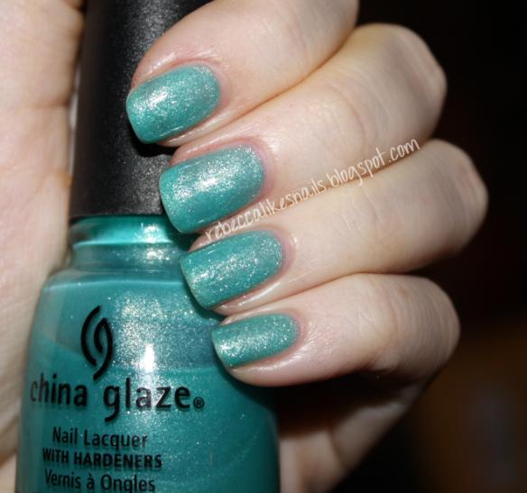rebecca likes nails: China Glaze - Martini Pedicure