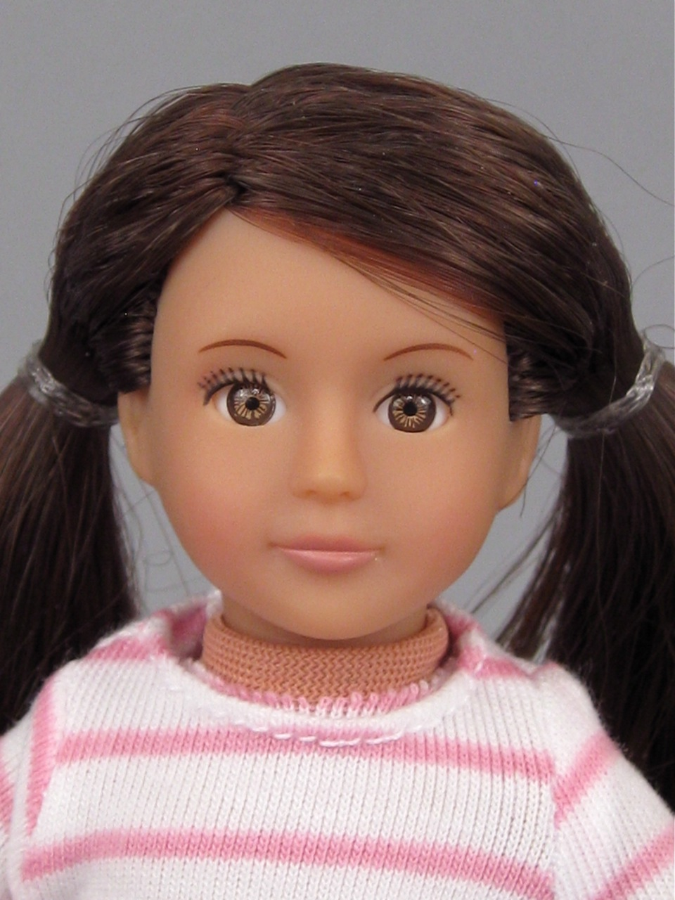 Our Generation mini doll Sienna