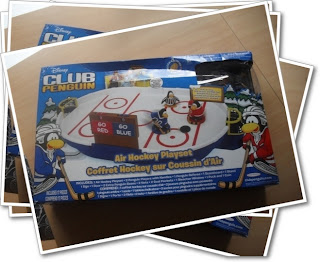 Club Penguin air hockey playset